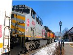 110218013 Eastbound BNSF freight